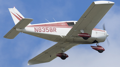 N8358R - Piper PA-28-140 Cherokee - Private