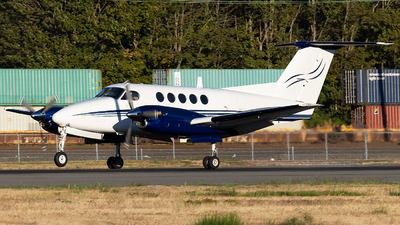 N634B - Beechcraft 200 Super King Air - Private