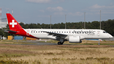 A picture of HBAZH - Embraer E190E2 - Helvetic Airways - © Maxi Switala