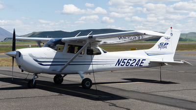 N562SE - Cessna 172S Skyhawk SP - Private