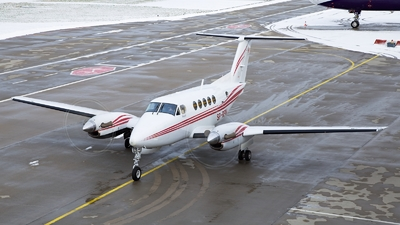 SP-RPW - Beechcraft B200 Super King Air - Private