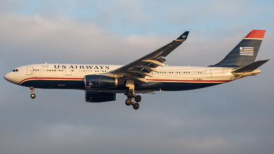 N281AY - Airbus A330-243 - US Airways