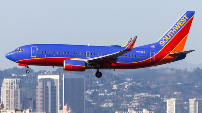 A picture of N782SA - Boeing 7377H4 - Southwest Airlines - © Brandon Giacomin