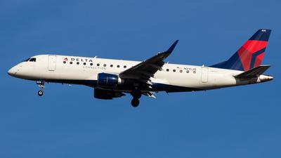 A picture of N215JQ - Embraer E175LR - Delta Air Lines - © Jun You