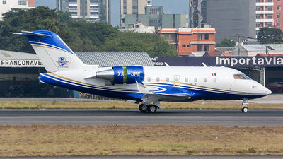 XA-JFE - Bombardier CL-600-2B16 Challenger 604 - Private