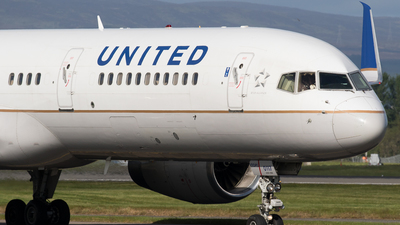 A picture of N19117 - Boeing 757224 - United Airlines - © Rolf Jonsen