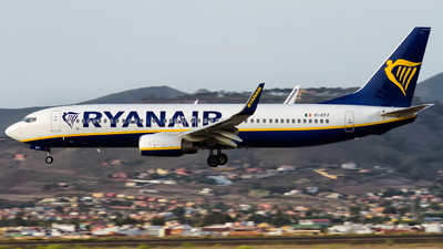 A picture of EIEFZ - Boeing 7378AS - Ryanair - © Alejandro Alvarez