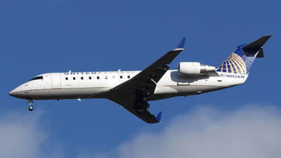 N463AW - Bombardier CRJ-200LR - United Express (Air Wisconsin)