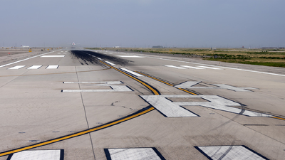 KSLC - Airport - Runway