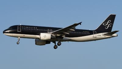 JA06MC - Airbus A320-214 - Starflyer