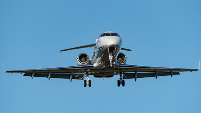 A picture of YRTRC - Bombardier Challenger 300 -  - © Thierry Weber