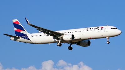 CC-BEB - Airbus A321-211 - LATAM Airlines
