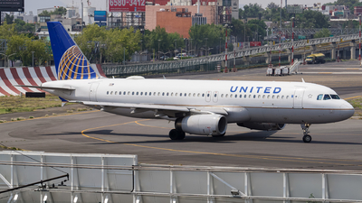 A picture of N463UA - Airbus A320232 - United Airlines - © Mauri_0307