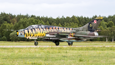 707 - Sukhoi Su-22UM3K Fitter G - Poland - Air Force