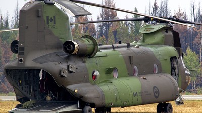 147305 - Boeing CH-47F Chinook - Canada - Royal Air Force