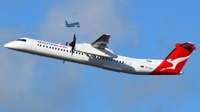 A picture of VHQOP - De Havilland Canada Dash 8400 - Qantas - © JKKW