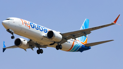 A picture of A6FMI - Boeing 737 MAX 8 - FlyDubai - © Shajie Hussain