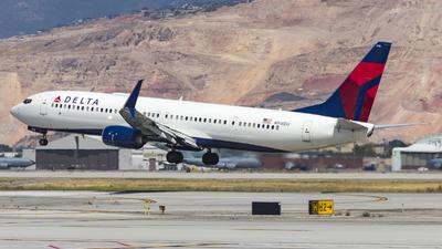 A picture of N918DU - Boeing 737932(ER) - Delta Air Lines - © David Lee