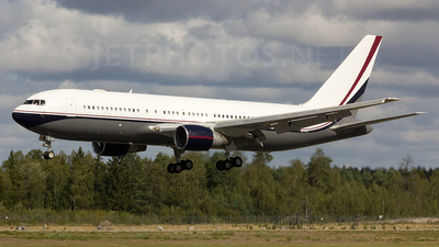 VP-CME - Boeing 767-231(ER) - Midroc Aviation