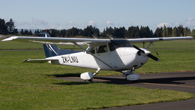 ZK-LNU - Cessna 172R Skyhawk II - L3 Airline Academy