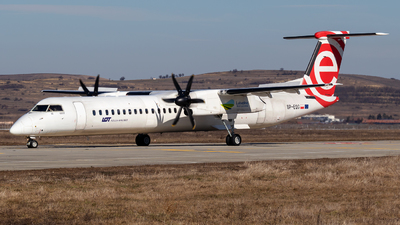 A picture of SPEQG - De Havilland Canada Dash 8400 - LOT - © Zoltán Gyurka