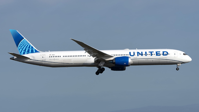 A picture of N14011 - Boeing 78710 Dreamliner - United Airlines - © Sebastian Thiel
