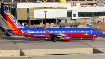 N8622A - Boeing 737-8H4 - Southwest Airlines