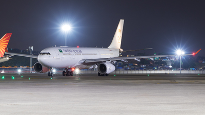 A picture of TCOCI - Airbus A330243 - Onur Air - © Akshay M