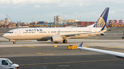 N68822 - Boeing 737-924ER - United Airlines
