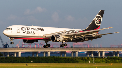 A picture of B6996 - Boeing 767338(ER)(BCF) - SF Airlines - © ChaleLu