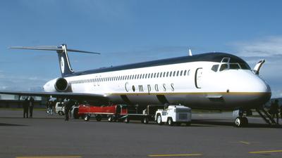 VH-LNI - McDonnell Douglas MD-83 - Compass Airlines
