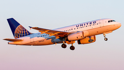A picture of N892UA - Airbus A319132 - United Airlines - © Elliott F Martin