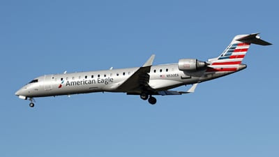 A picture of N530EA - Mitsubishi CRJ702ER - American Airlines - © Kevin Porter