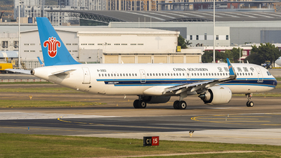 B-30ED - Airbus A321-253NX - China Southern Airlines