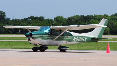 A picture of N8815X - Cessna 182D Skylane - [18253215] - © Nick Michaud
