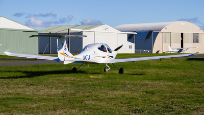 ZK-MTJ - Diamond DA-40 Diamond Star XLS - Massey University School Of Aviation