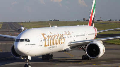 A6-EGL - Boeing 777-31HER - Emirates
