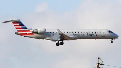 N760EV - Bombardier CRJ-701ER - American Eagle (SkyWest Airlines)