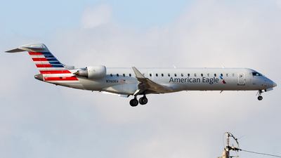 A picture of N760EV - Mitsubishi CRJ701ER - American Airlines - © Conor Clancy