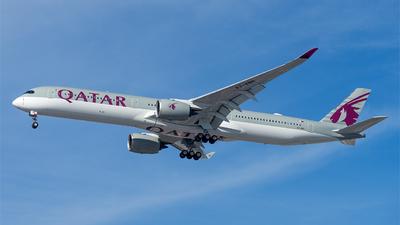 A picture of A7ANN - Airbus A3501041 - Qatar Airways - © Mingfei S