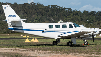 VH-LMN - Cessna T303 Crusader - Private