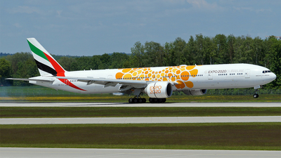A picture of A6ECU - Boeing 77731H(ER) - Emirates - © Hugo Schwarzer