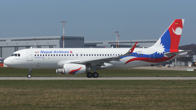 D-AVVI - Airbus A320-233 - Nepal Airlines