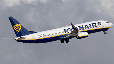 A picture of SPRSS - Boeing 7378AS - Ryanair - © Rui Sequeira