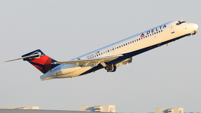 N930AT - Boeing 717-231 - Delta Air Lines