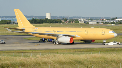 F-WWCS - Airbus A330-243 - Airbus Military