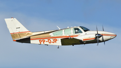 PP-DJP - Beechcraft 95-E55 Baron - Private