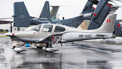 HB-KGC - Cirrus SR22T - Private