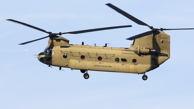 16-08202 - Boeing CH-47F Chinook - United States - US Army