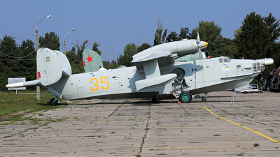 35 - Beriev Be-12 - Ukraine - Navy
